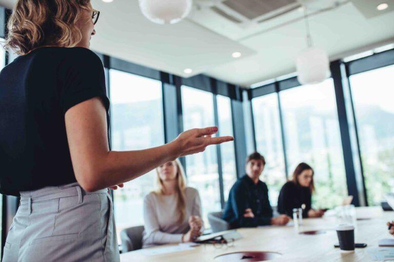 Pourquoi faire appel à un coach professionnel pour améliorer mon leadership ?